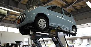 車検・整備工場を併設. 車検からタイヤ交換、オイル交換まで